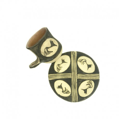 Set ceașcă și farfurie ceramică de Cucuteni - Lupul Sacru